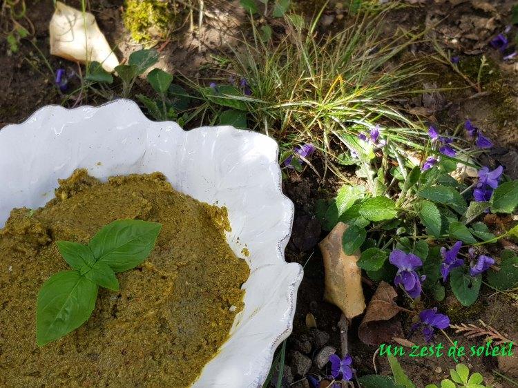Pesto pistaches